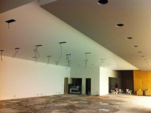 Metal Stud Plafond Aston Martin & Rolls Royce Showroom Eindhoven Leo Oosterhoff Montage